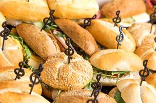 Ontbijt of lunch in de Bijlmerbajes
